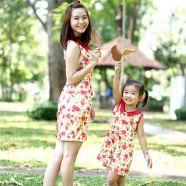 Đầm thời trang mẹ và bé họa tiết hoa