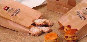 Sử dụng giấy tái chế khi in túi giấy đựng bánh mỳ