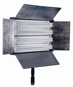 Đèn kino 4 bóng