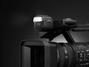 Máy quay phim Sony HXR-NX200 4K- Hàng Chính Hãng