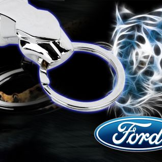 Móc khóa báo Ford