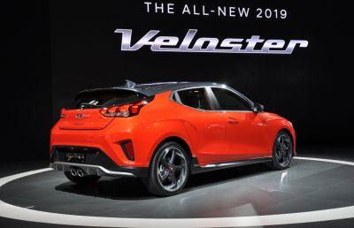 Hyundai Veloster thế hệ thứ 2 chính thức được ra mắt tại triển lãm ô tô Detroit Auto Show 2018