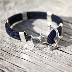 Vòng tay handmade từ hạt sequin và dây cói