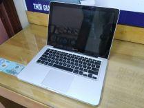 MacBook Pro MB990 (Mid 2009)