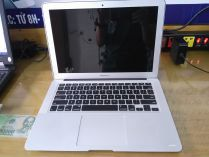 MacBook Air MD760B(Mid 2014)