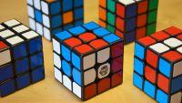 Hướng dẫn xoay Rubik 3x3x3 đơn giản và dễ hiểu nhất