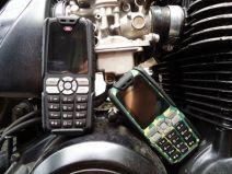 Điện thoại Land Rover X1 - Pin 15000 mAh