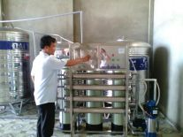 Máy chiết đóng nắp bình tự động DV-PWPET MD