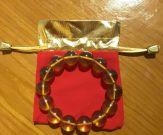 Vòng tay hổ phách vàng