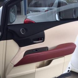 Bọc tapi cửa xe Lexus