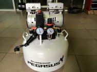 Máy nén khí không dầu, giảm âm PEGASUS TM-OF750- 50L