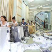 Chọn may rèm vải bằng chất liệu và phong cách gì