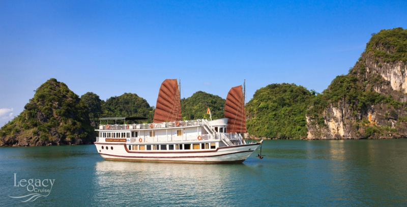 Legacy Legend Cruise exflorer Bai Tu Long 2 days 1 night