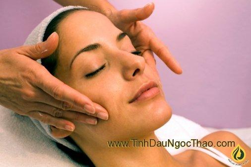 Tinh chất massage mặt đặc trị nám, tàn nhang, sẹo thâm và làm trắng da