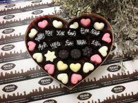 Maika Chocolate chuyên kinh doanh socola tự làm, socola handmade, bán buôn socola mùa Valentine 2018