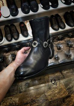 Boot nam E8813-3