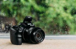Sony Cyber-shot HX350 là chiếc máy ảnh có mức giá dưới 9 triệu có zoom quang 50x