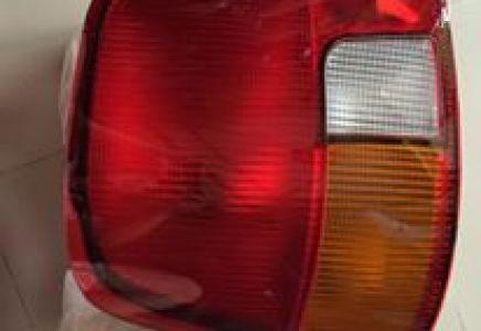 Phụ tùng xe county - đèn hậu county hàng Hyundai