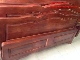 GIƯỜNG gỗ tự nhiên 150x200