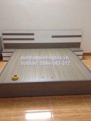 giường 180x200 không ngăn kéo kèm 2 táp