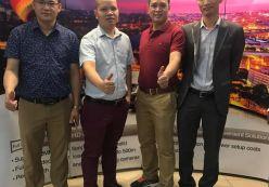 Hoàng Nguyễn tham dự buổi đào tạo trainning hãng Samsung