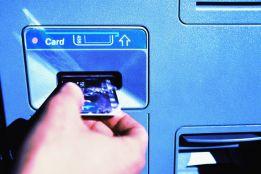 Ăn cắp thông tin thẻ ATM