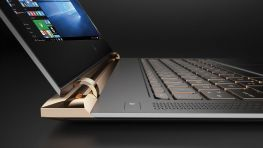 HP SPECTRE 13-V111DX  | CORE I7 - 7500U 2.7GHZ | RAM 8GB | SSD 256GB PCLE m.2 | FULLHD 13.3 INCHES