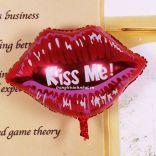 Bóng bay (hình môi chữ kiss me)