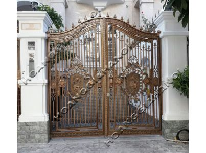 Cổng đồng đúc cho biệt thự nhà giàu