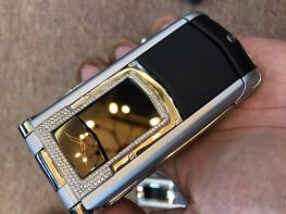 Vertu Ayxta Black Alligator Diamond Trim Ceramic Keys