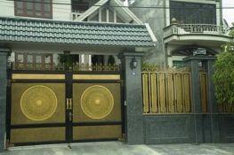 Mê mẩn cổng biệt thự đẹp bề thế phong cách hiện đại