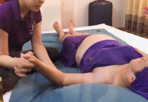 Massage bà bầu tại nhà Hà Nội - Evacare