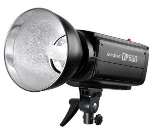 Studio Flash DP600 - Mới 100%
