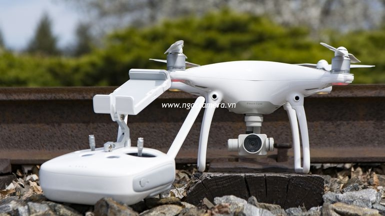 dji-phantom-4-rev-05