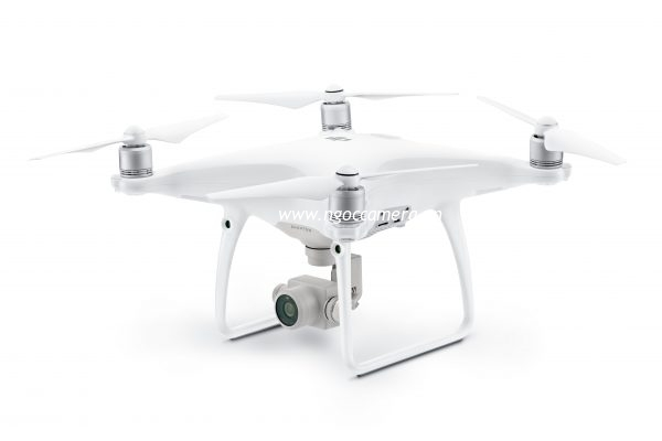 DJI-Phantom-4-Advanced-W-tilt-600x400