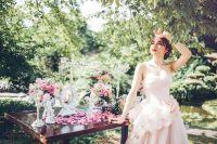 Hương Giang dịu dàng, nữ tính khi làm cô dâu