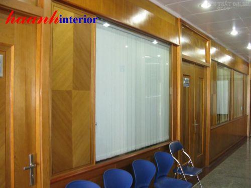 Vách ngăn gỗ công nghiệp VNG002