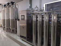 Hệ thống nước cho chạy thận