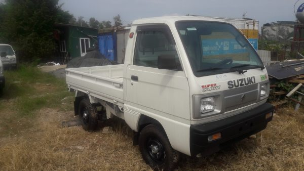 Suzuki Carry truk