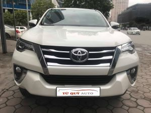 Xe Toyota Fortuner 2.7AT 2017 - Trắng