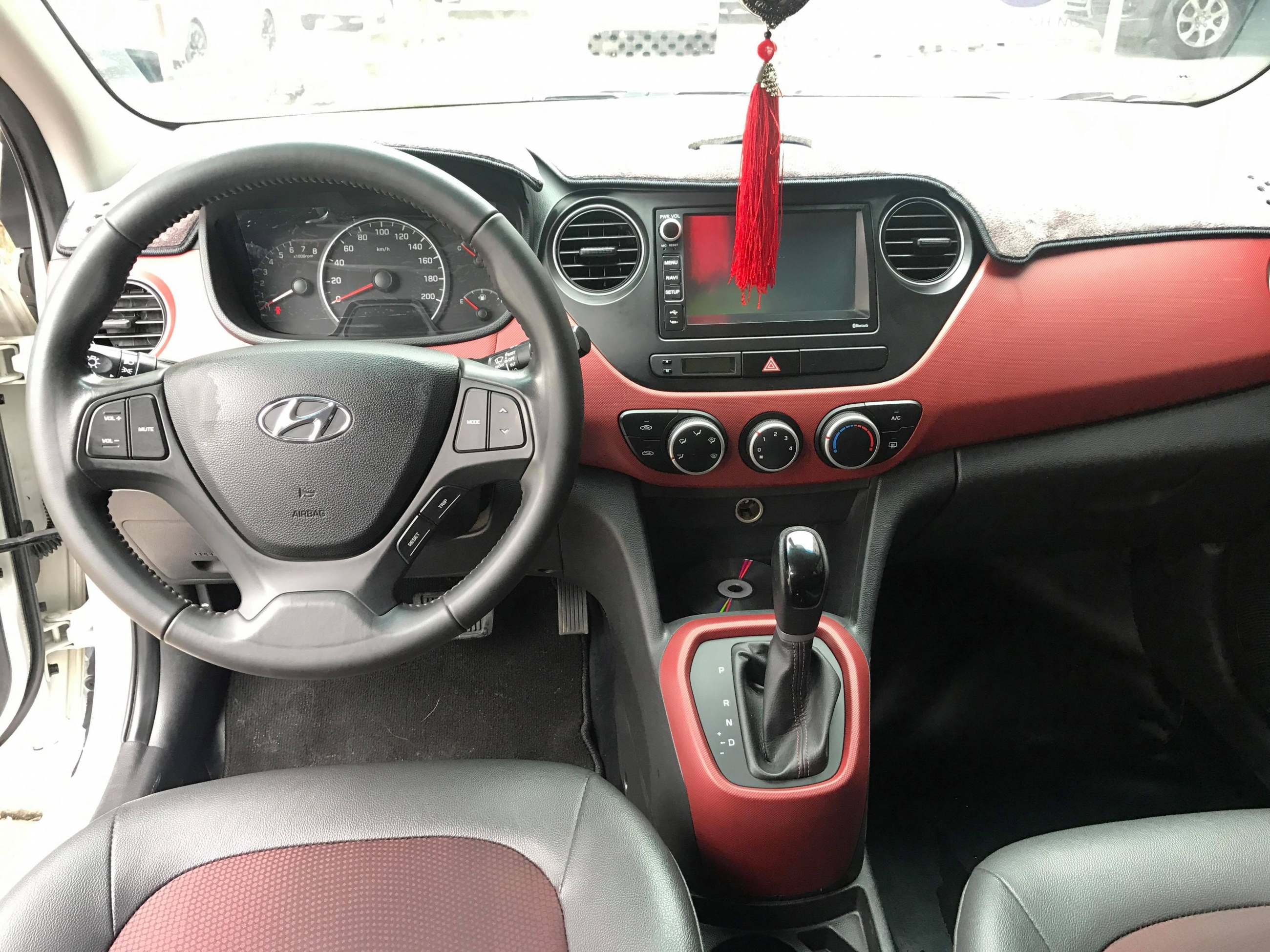 Hyundai i10 1.25AT 2016 - 6