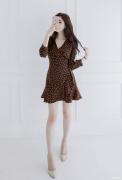 Váy liền thân Attrangs Hàn Quốc 210328