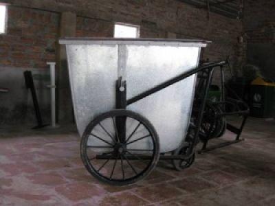 xe gom rác 3 bánh 500L
